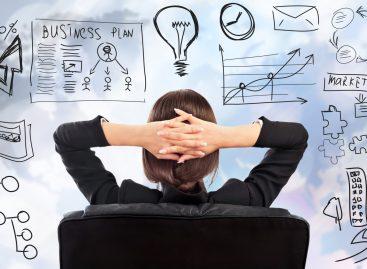 Какой бизнес открыть с минимальными вложениями девушке?